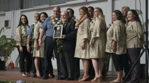 Governor Neil Abercrombie and Kulani Staff